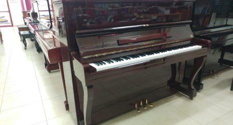 פסנתר יד שניה STEINER