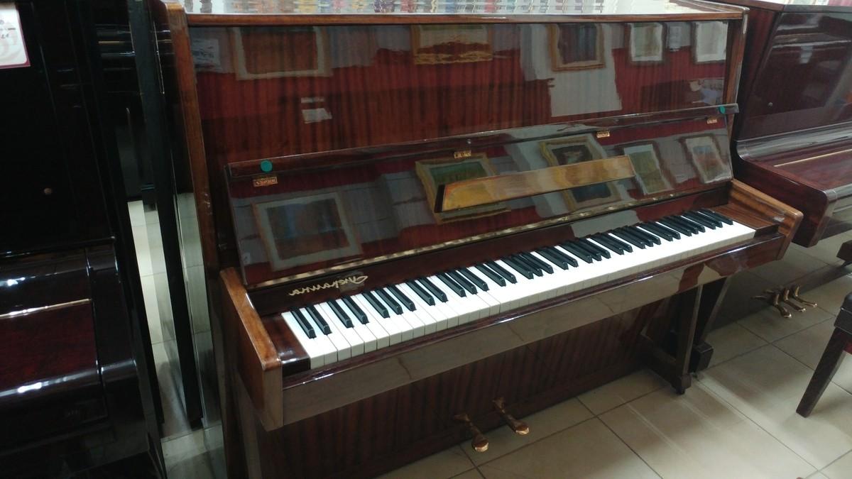 פסנתר רוסי יד שניה Ukraina