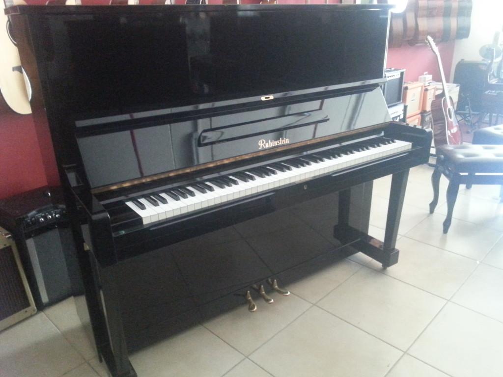 פסנתר יד שניה RUBINSTEIN