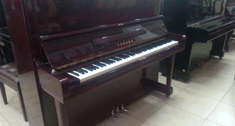 פסנתר ימאהה U3