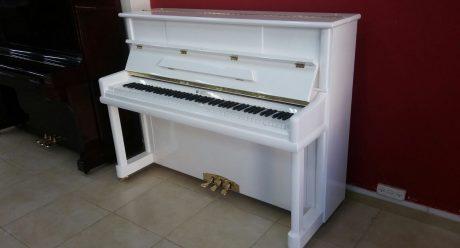 פסנתר SENDLER 110