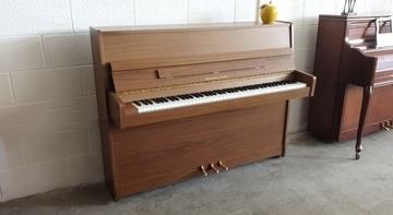 פסנתר צ'כי HOFMANN & CZERNY