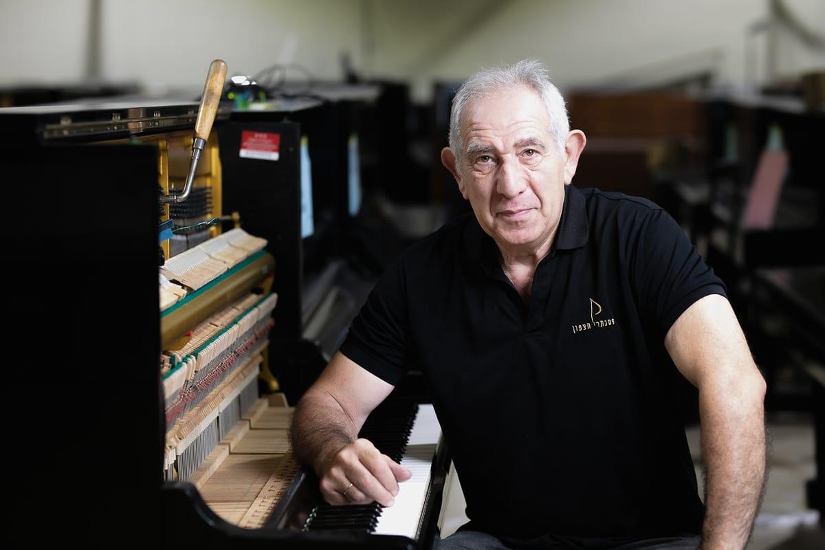 פטר גרויסמן - מכוון פסנתרים